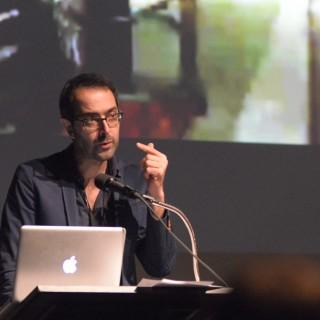 André Habib – Rayure, poussière, grain. L'effet-pellicule au temps du numérique ou la survivance simulée de l'involontaire (un essai de reconnaissance)